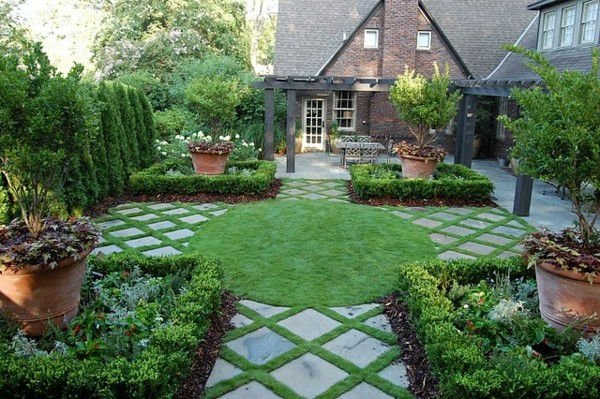 landscaping-stone-plate-and-grass